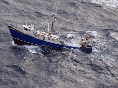 F/V Golden Nugget taking on water  (credit: U.S. Coast Guard)